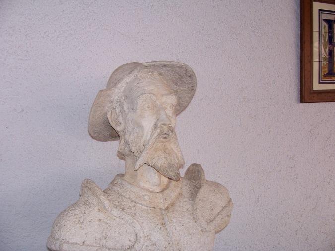 Don Quijote, algo pálido lo veo xDD